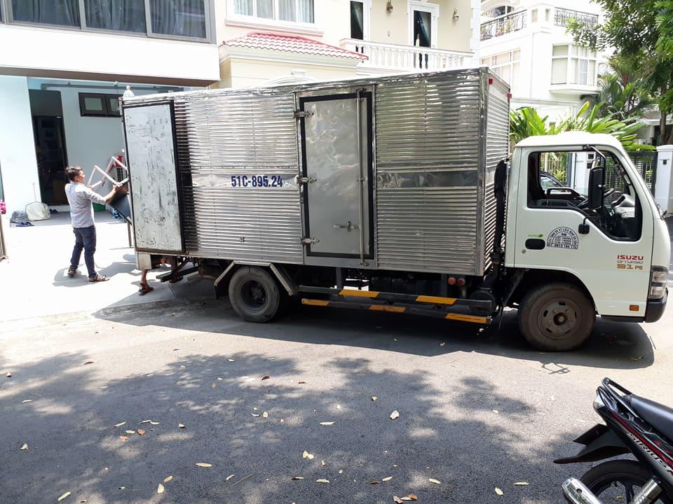 thuê xe tải chở hàng của Taxi tải Giá Rẻ 24H đảm bảo An toàn cho hàng hóa