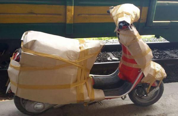 cách bọc xe máy để vận chuyển