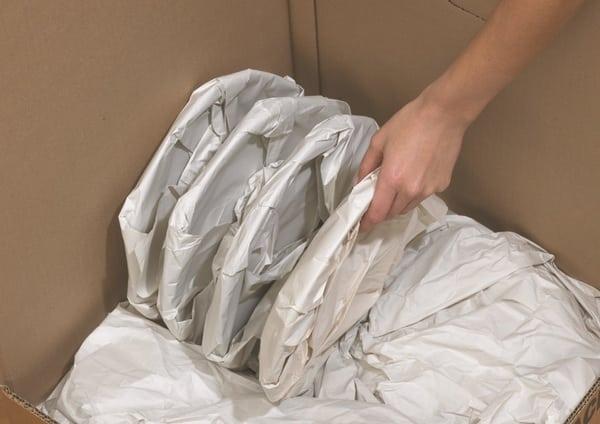 Cách đóng gói hàng gửi bưu điện - Taxi Tải
