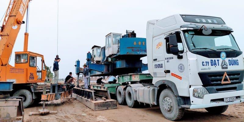 Xe cẩu chuyên dụng trong công trình xây dựng