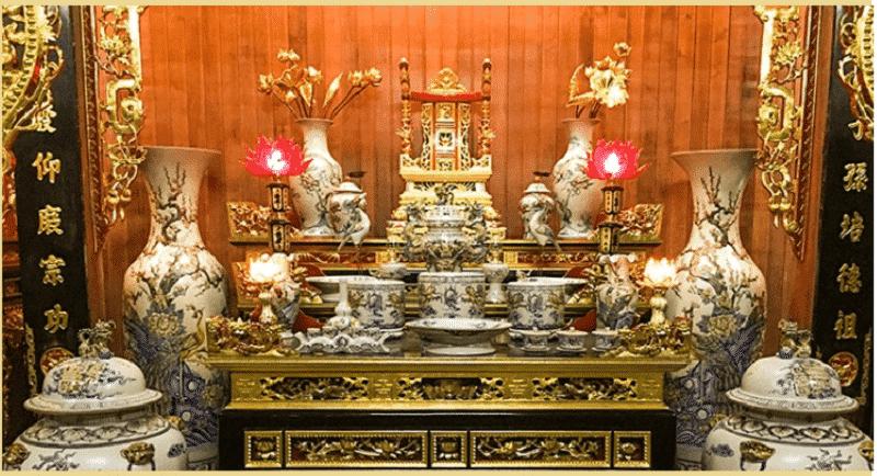 Khi lập bàn thờ cũng phải chú ý đến sự tương quan của các vị trí xung quanh