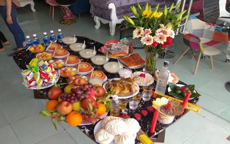 Nghi lễ cúng khai trương mang một ý nghĩa rất quan trọng trong văn hóa Việt Nam