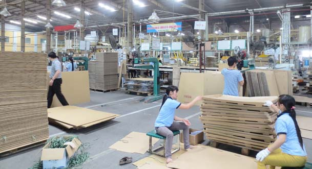 Xưởng sản xuất thùng carton giá rẻ - Taxi Tải