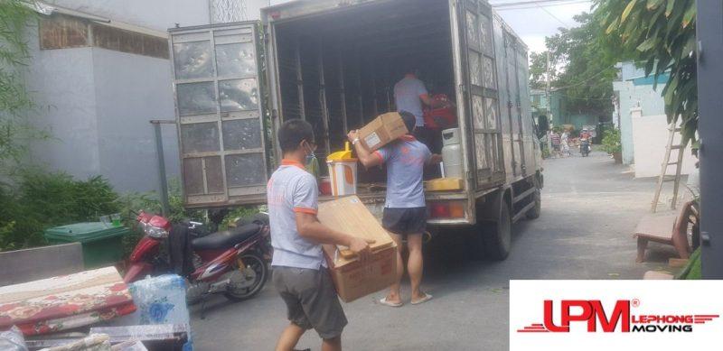Dịch vụ bốc xếp hàng hóa Lê Phong